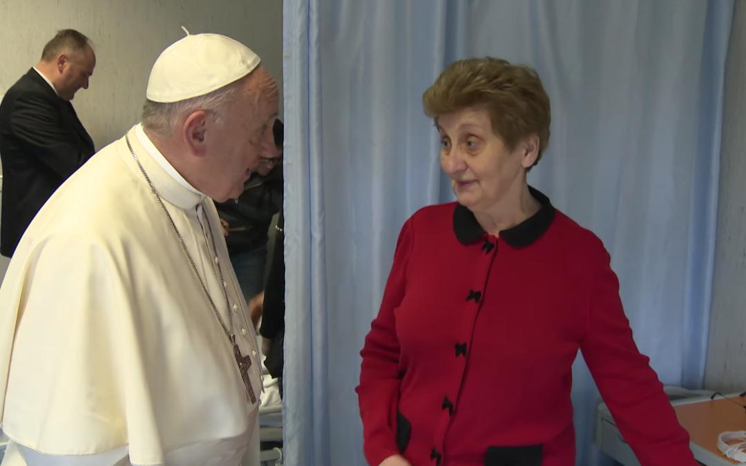 Mujeres en las instancias de responsabilidad de la Iglesia – El Video del Papa 10
